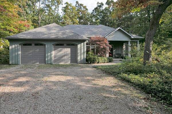 10156 Red Pine Rd, Grand Bend, Ontario