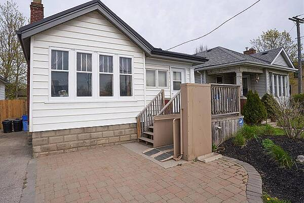 348 Wharncliffe Rd South, London, Ontario