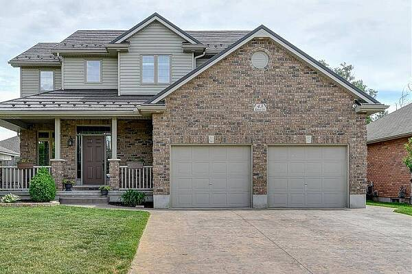 43 Riness Dr, Dorchester, Ontario